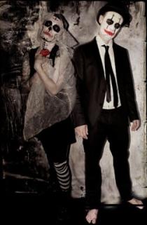 Simone + Volker - Dobbs Dead